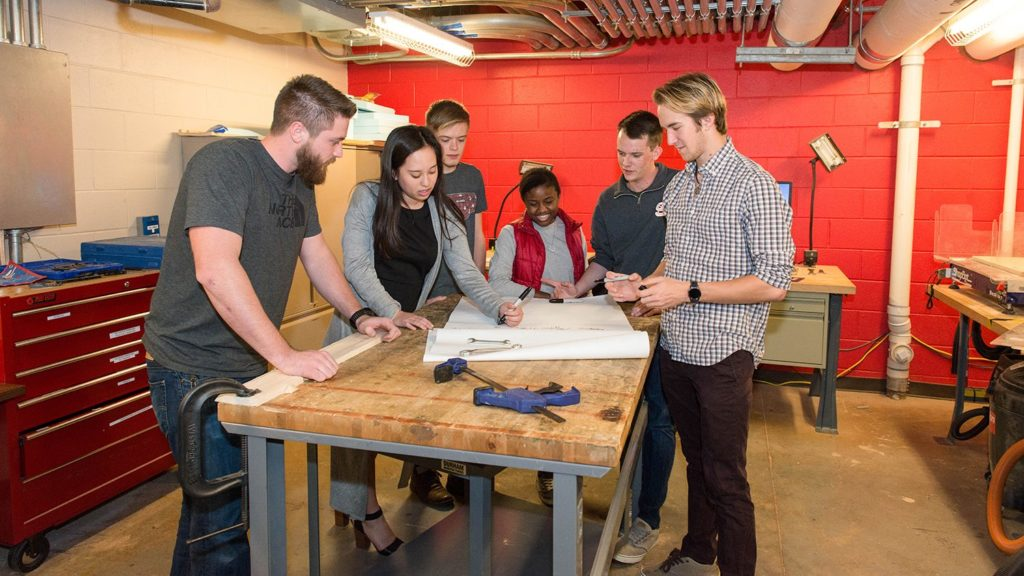 Students in the eGarage